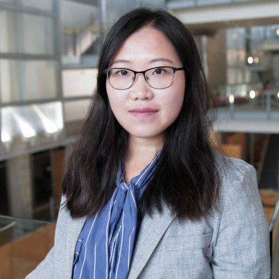 Xin (Zoe) Zou Headshot